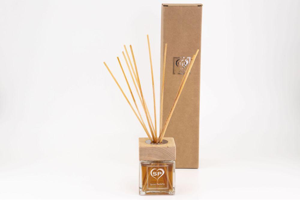 Profumo per ambienti con bastoncini di legno 200 ml