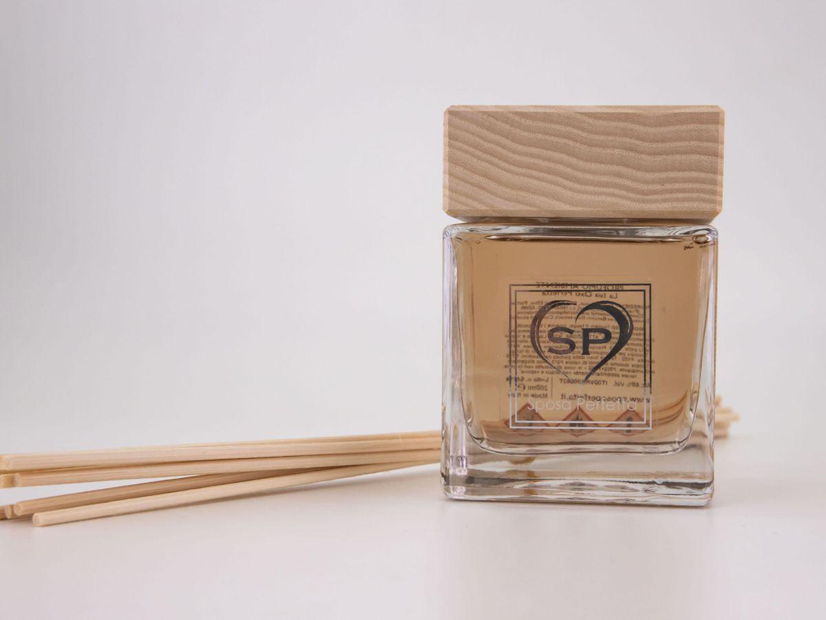 Profumo per ambienti con bastoncini di legno 500 ml