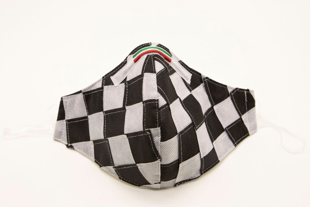 Mascherina Protettiva Fashion Lavabile a scacchi bianco e nero XXL