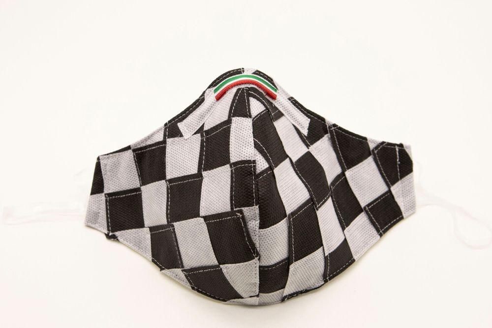Mascherina Protettiva Fashion Lavabile a scacchi bianco e nero XS E