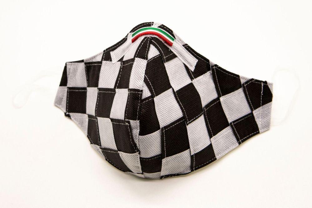 Mascherina Protettiva Fashion Lavabile a scacchi bianco e nero XXL E