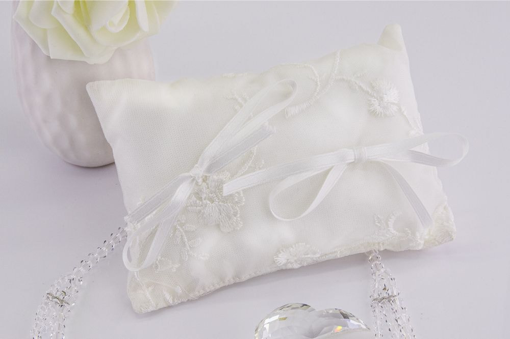Cuscino portafedi in tafta color seta