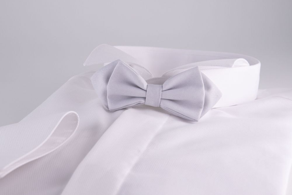 Pearl gray bow tie