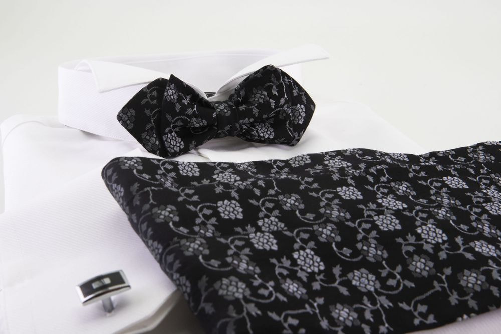 Black damask bow tie + band