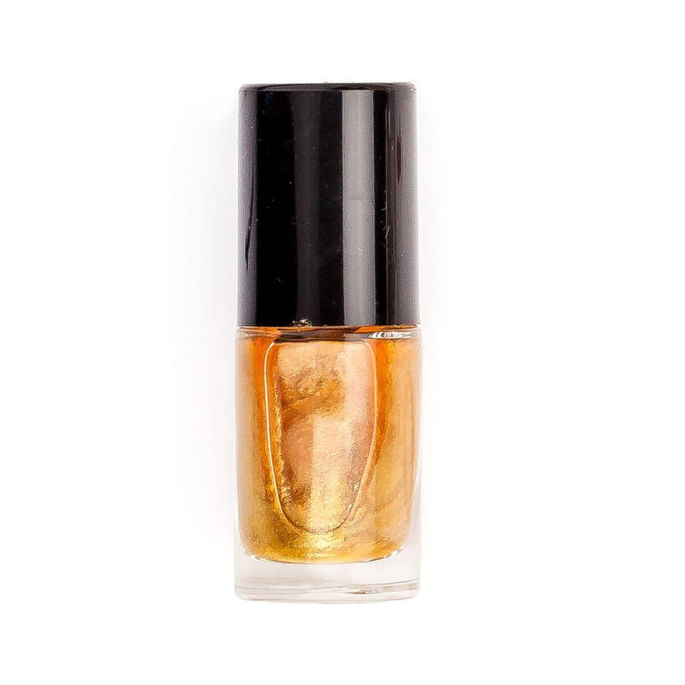 Amaze gold nail polish
