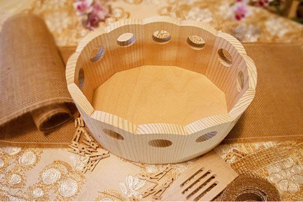 Ovalna posoda za kruh