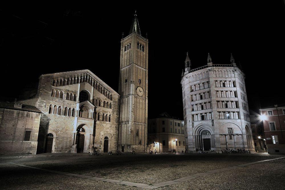 42 - Noci e Parma Grande