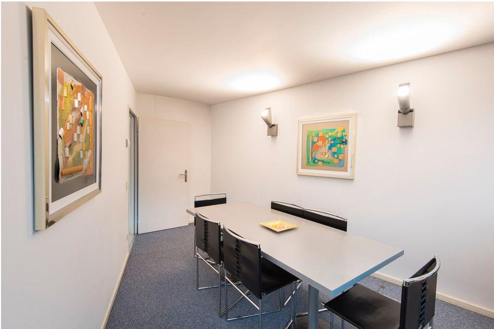 sala riunioni - 6 persone