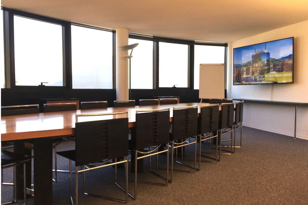 sala riunioni - 16 persone
