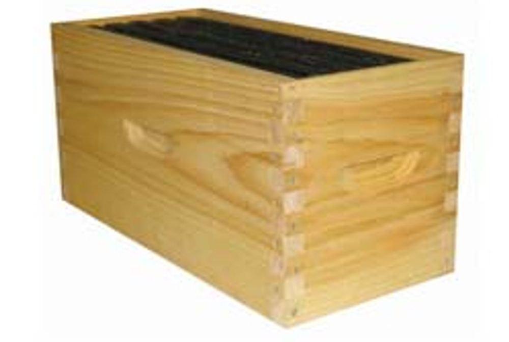Nuc Box, 4 frame standard, new