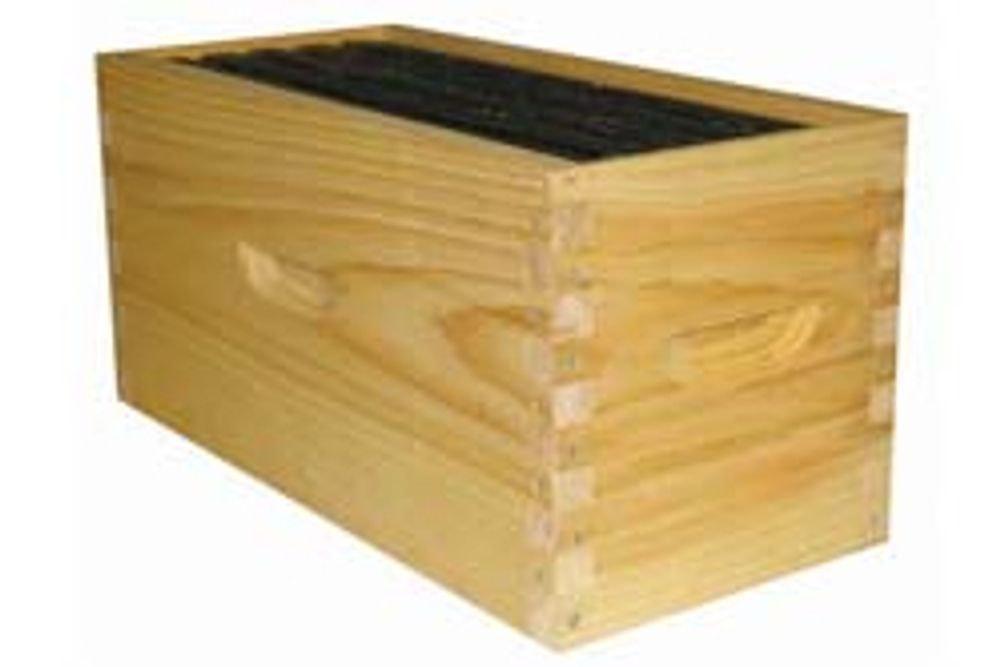 Nuc Box, 4 frame standard, used