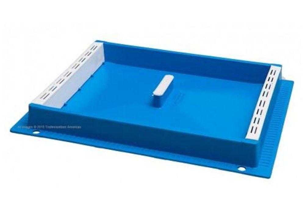Box Feeder, Blue Tray