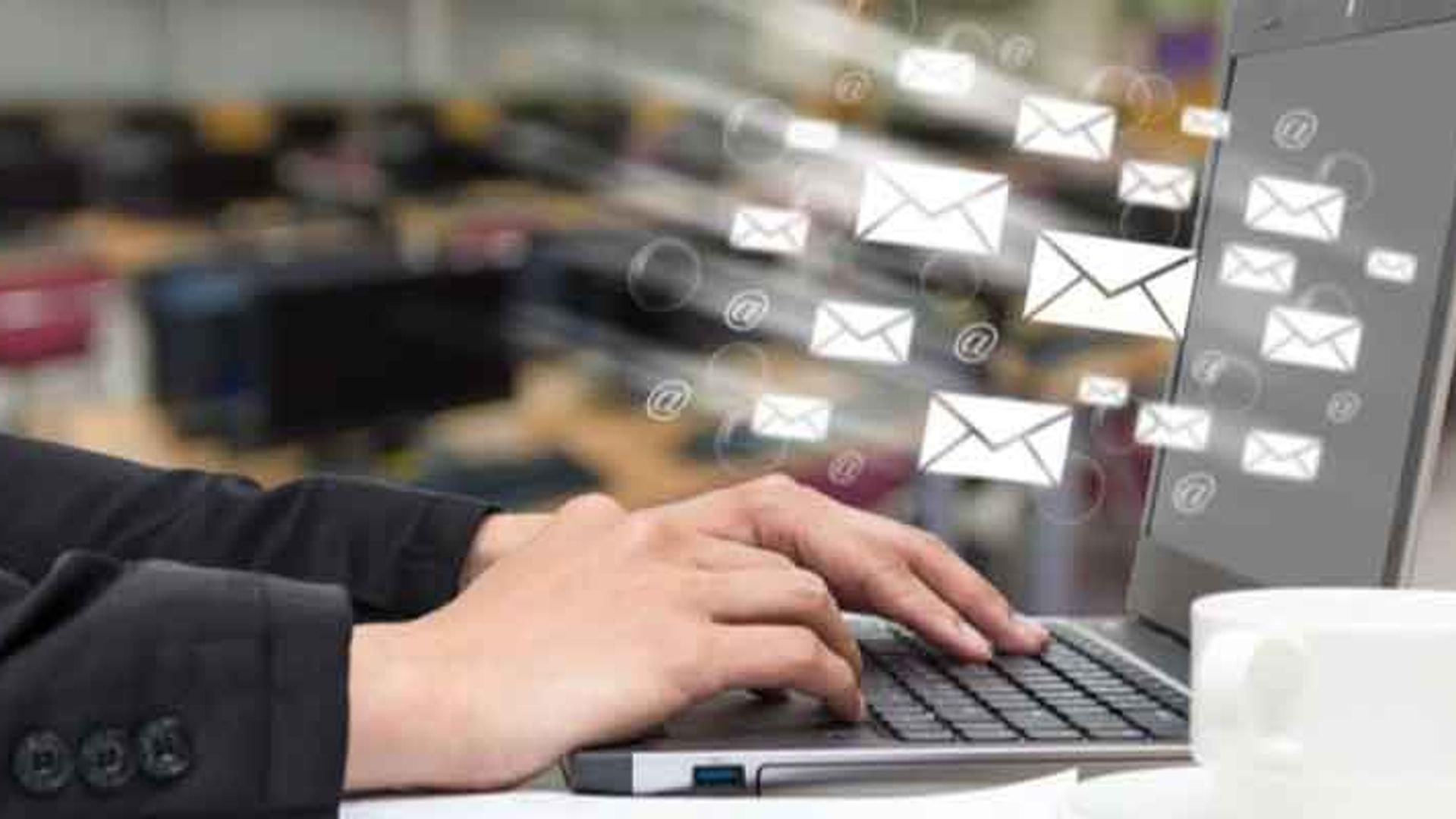 Email Marketing vs. App Notification