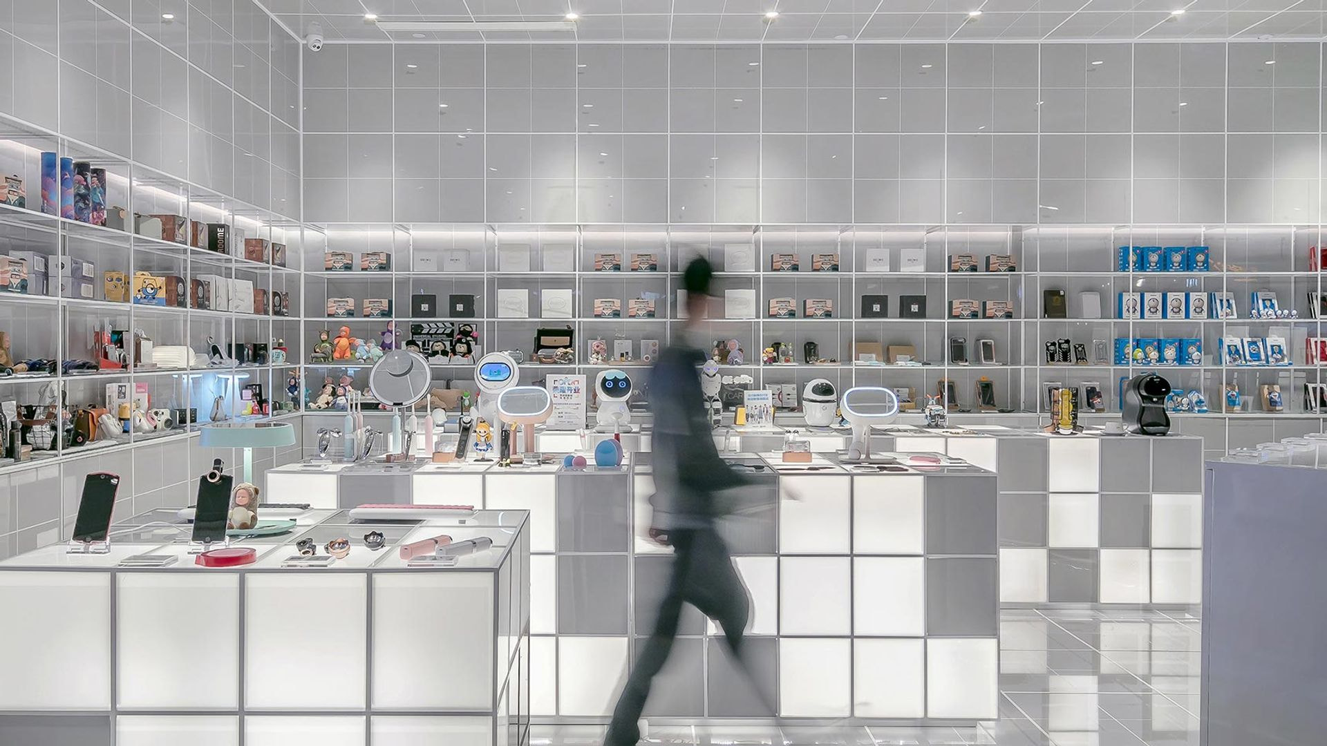 What is Omnichannel Retailing, and Why you Should Consider it