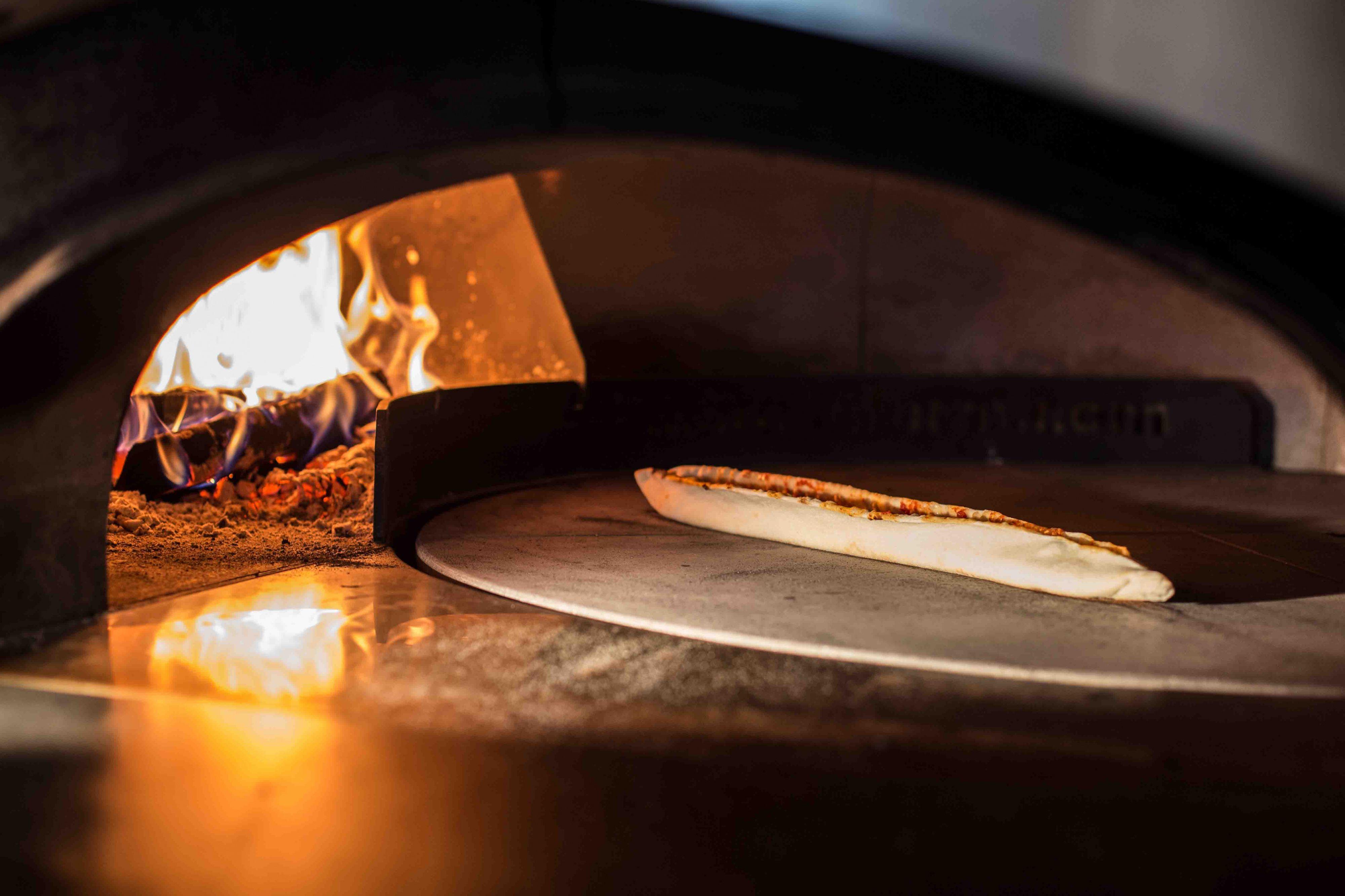 ristorante-michelangelo-forno-pizza-lugano-min.jpg